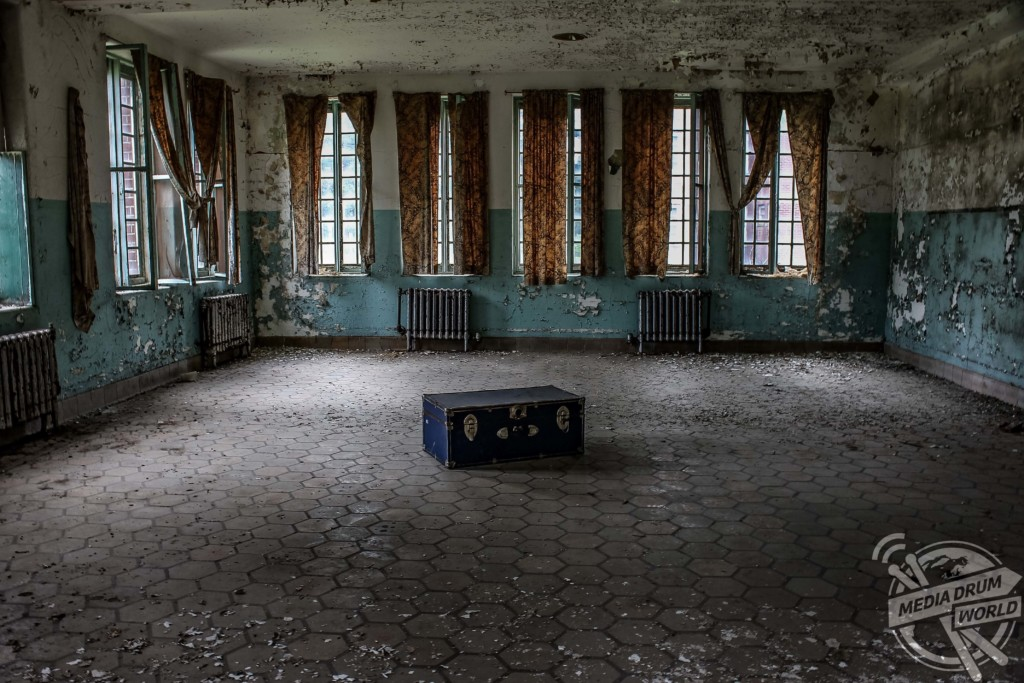 An empty room which could have once been used to treat patients.