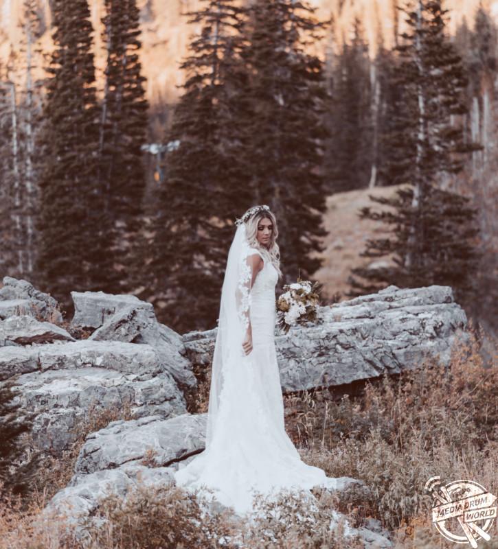 Heather in her wedding dress. Heather Crockett Oram / mediadrumworld.com