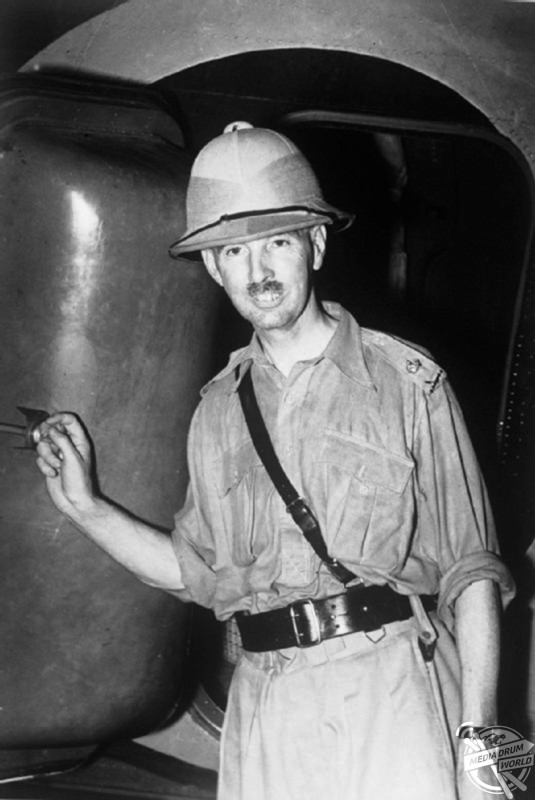 Percival arriving in Singapore in April 1941 as General Officer Commanding Malaya. Stephen Wynn / mediadrumworld.com
