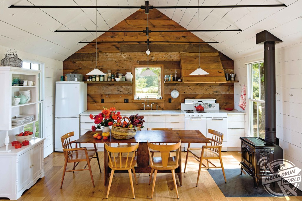 Tiny House - Designed by Jessica Helgerson Interior Designs. Oregan, USA.  Antonia Edwards / mediadrumworld.com