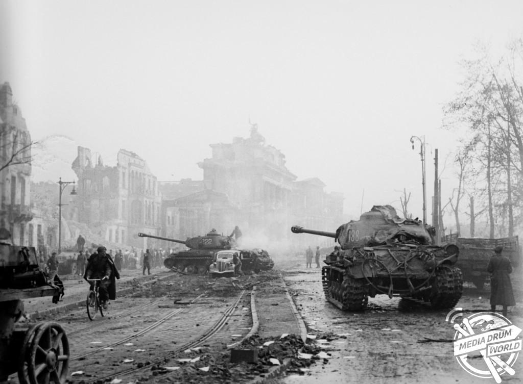 Soviet tanks near the Brandenberg Gate.  Vassili J. Subbotin / mediadrumworld.com