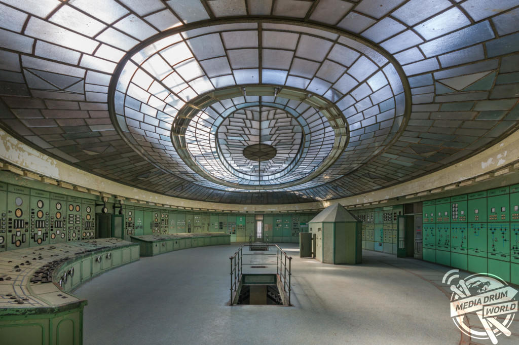 Control room at a power plant in Hungary.  Martin ten Bouwhuijs / mediadrumworld.com