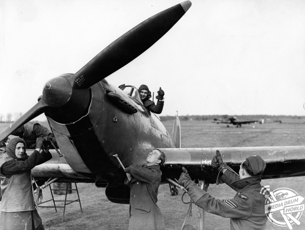 MDRUM_Hawker_Hurricane-7.jpg