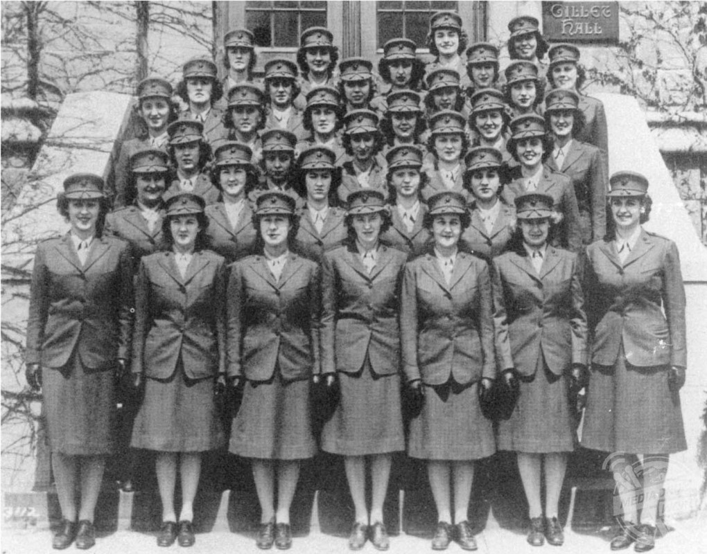 Unique Photos Have Emerged Of The Marine Corps Women's