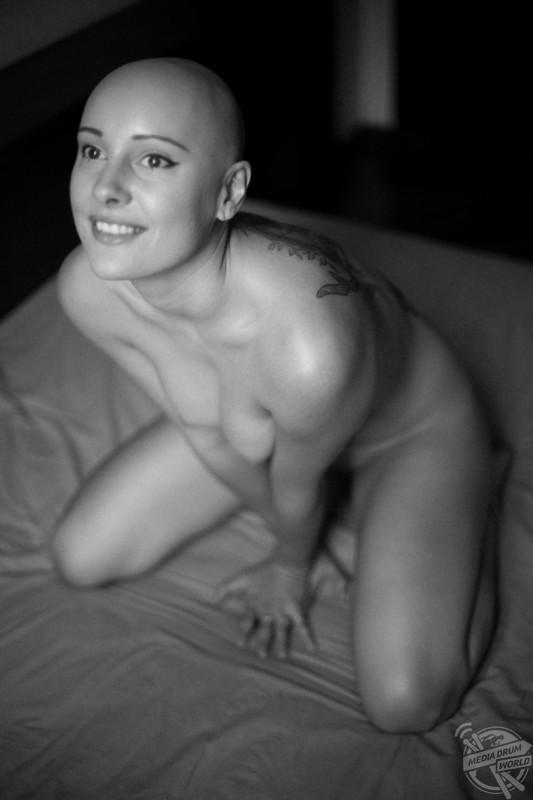 julie benz sexy pics