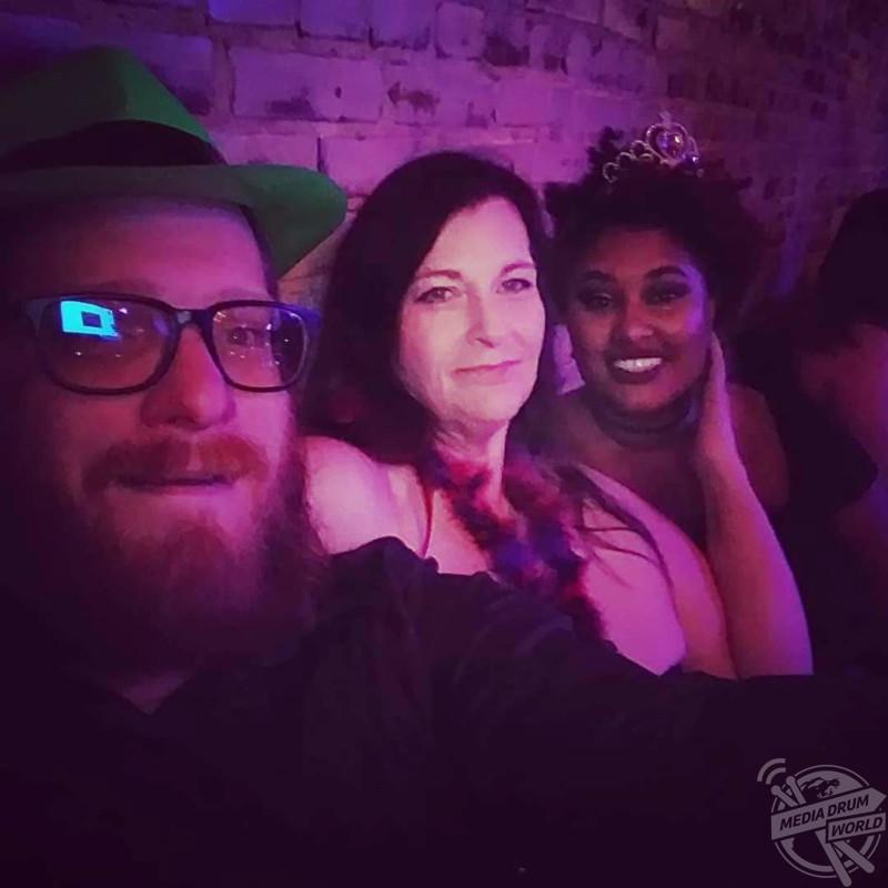 Poly triad dating